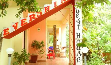 Evershine Guesthouse - Get cheap hostel rates and check availability in Chicolna, backpacker hostel 6 photos